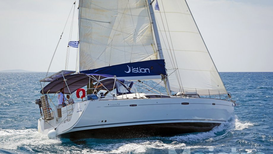 """Océanis 54 in Lavrion """"Maistra"""""""