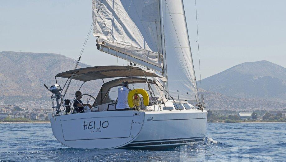 """Hanse 345 in Athen """"Heijo"""""""