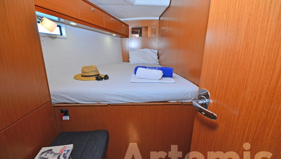 "Bavaria cruiser 46 in Athen ""Artemis"""