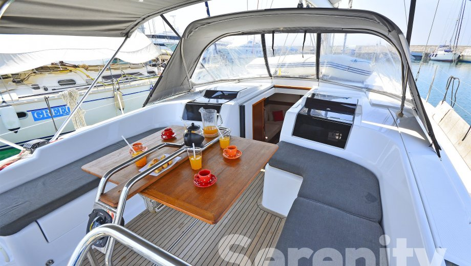 "Hanse 455 in Lavrion ""Serenity"""
