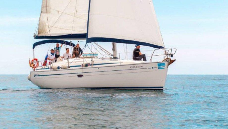 """Bavaria 37 cruiser in Barcelona """"El Principe Azul"""""""