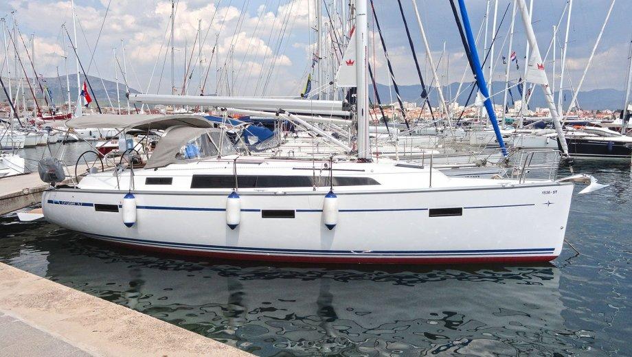 """Bavaria cruiser 37 in Split """"Lirica"""""""