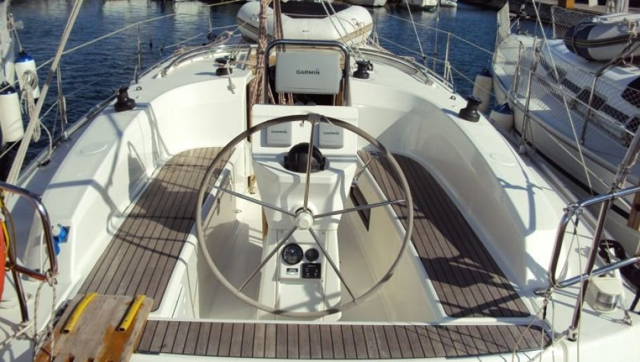 "Bavaria cruiser 32 in Pula ""Tina"""