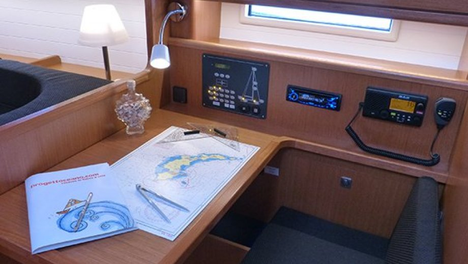 "Bavaria cruiser 41 in Procida ""Nessuna distrazione"""