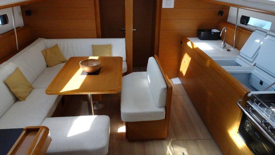 Sun Odyssey 469 in Lefkada