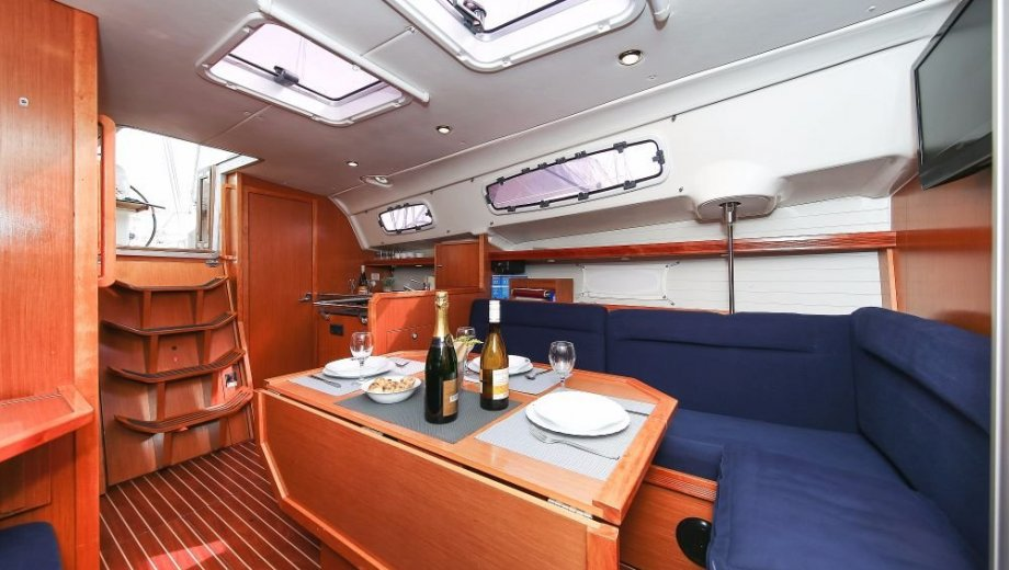 "Bavaria 35 cruiser in Trogir ""Lissy"""