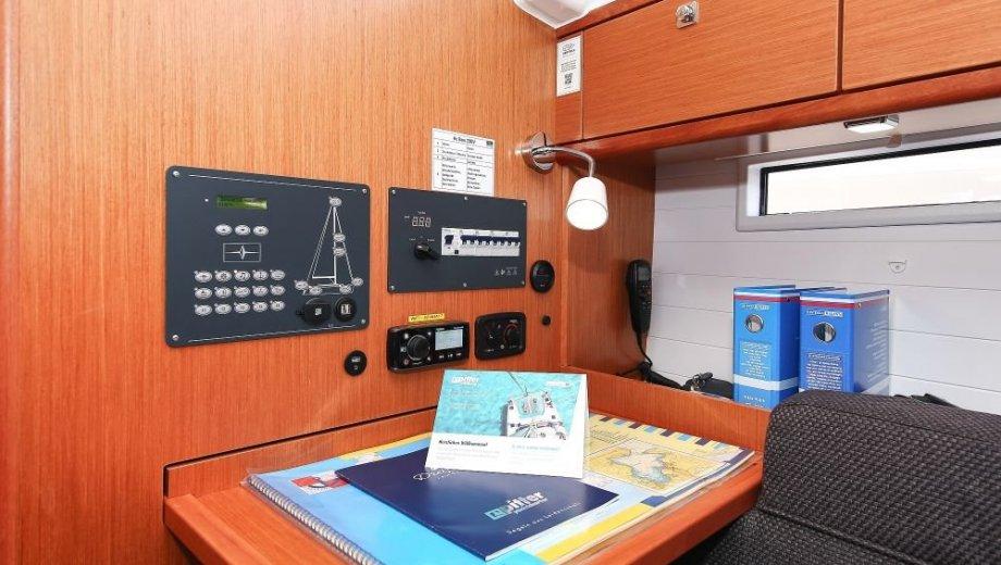 """Bavaria cruiser 37 in Biograd """"Hang Loose"""""""