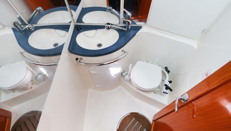 "Bavaria 39 cruiser in Biograd ""Monroe"""