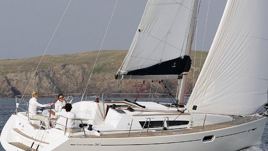 "Sun Odyssey 36i in Alcudia ""Indulgence"""
