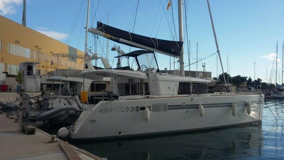 "Lagoon 450 F in Dubrovnik ""Deux Point"""