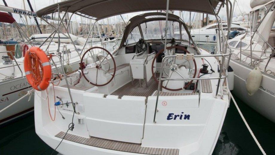 """Sun Odyssey 379 in Palma """"Erin"""""""