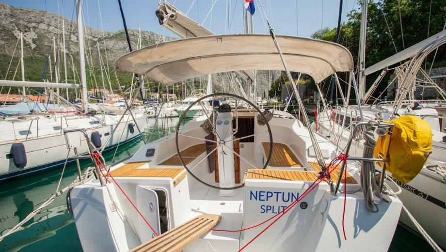 "Hanse 355 in Dubrovnik ""Neptun"""