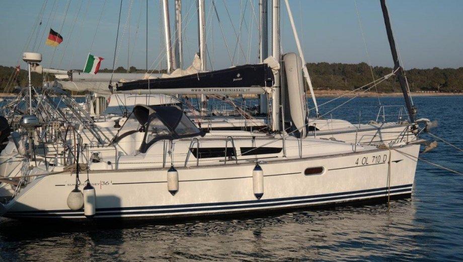 "Sun Odyssey 36i in Portisco ""Lyra"""
