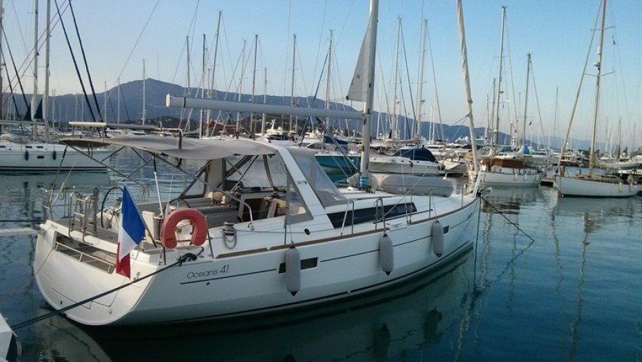 "Océanis 41 in Korfu ""Warrior"""