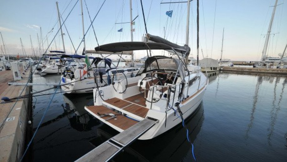 "Dufour 350 GL in Portisco ""Mirtilla"""
