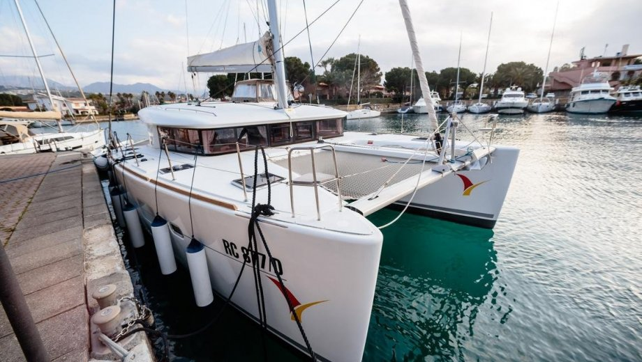 """Lagoon 400 S2 in Salerno """"Auster"""""""