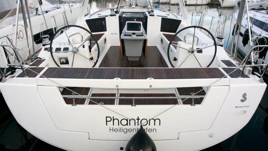 "Océanis 45 in Pula ""Phantom"""