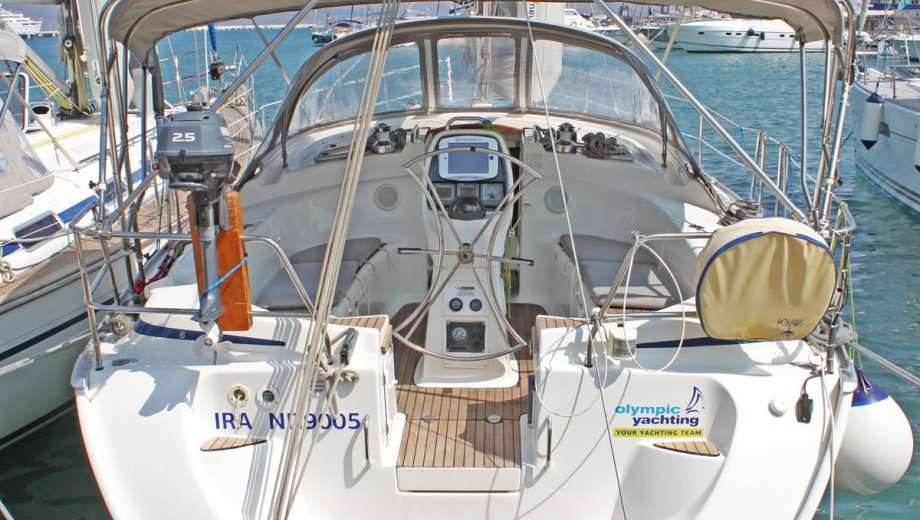 "Bavaria 39 cruiser in Lavrion ""Ira"""