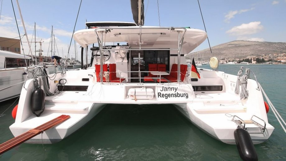 """Lagoon 42 in Trogir """"Janny"""""""