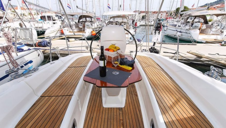 "Bavaria 35 cruiser in Trogir ""Lissy"""
