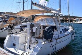"Océanis 34 in Carloforte ""Izar"""