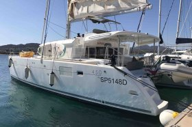 "Lagoon 450 F in Portisco ""Dugongo"""