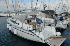 "Bavaria cruiser 33 in Biograd ""Karlo"""
