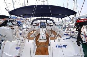 "Bavaria 37 cruiser in Trogir ""Funky"""