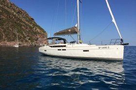 "Sun Odyssey 479 in Cecina ""Norwegian wood"""