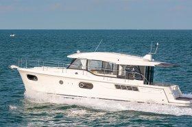 Swift Trawler 41 Sedan - Werftbild